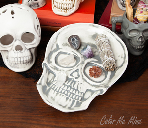 Airdrie Vintage Skull Plate